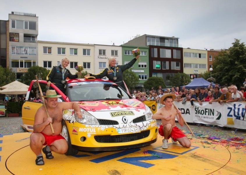 Barum rally 2014 – logo BEDNAR na voze Martiny Daňhelové