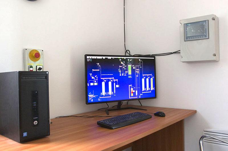 BEDNAR Farm Technology - Řídící systémy