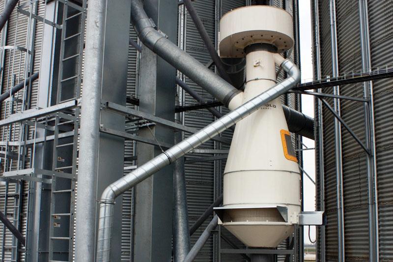 BEDNAR Farm Technology - Vzduchové aspirace