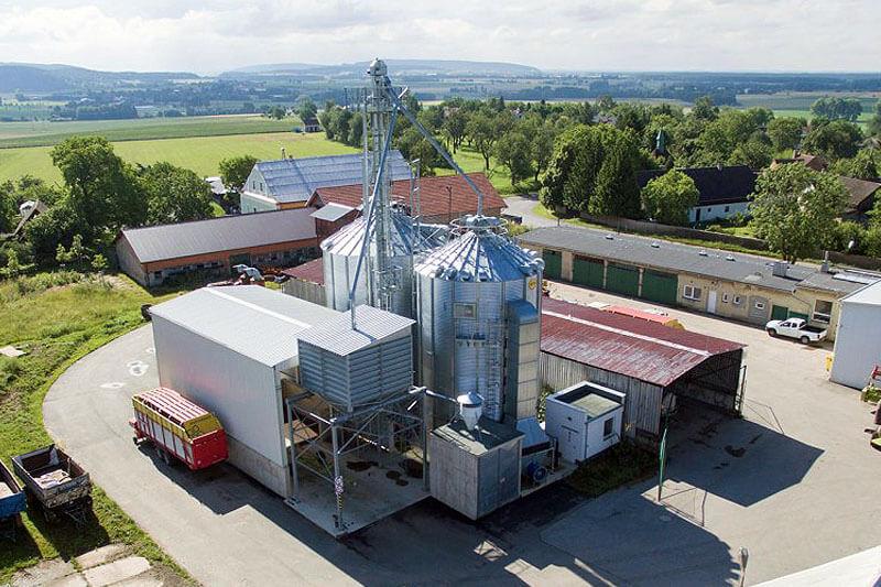 BEDNAR Farm Technology - Sušící sila Top Dry