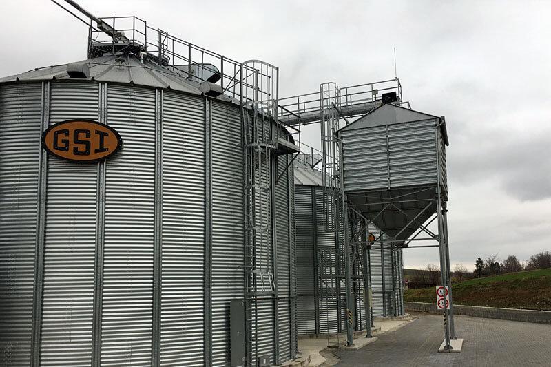 BEDNAR Farming Technology - Expediční zásobníky